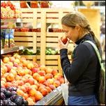 Нюхайте продукты перед покупкой